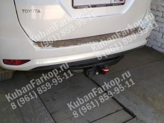 фаркоп на Toyota Fortuner 2 3015-F