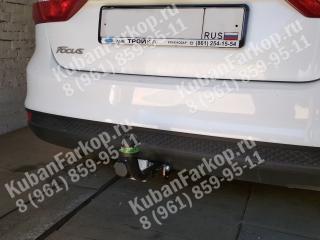 фаркоп на Ford Focus 3 sedan F102-A
